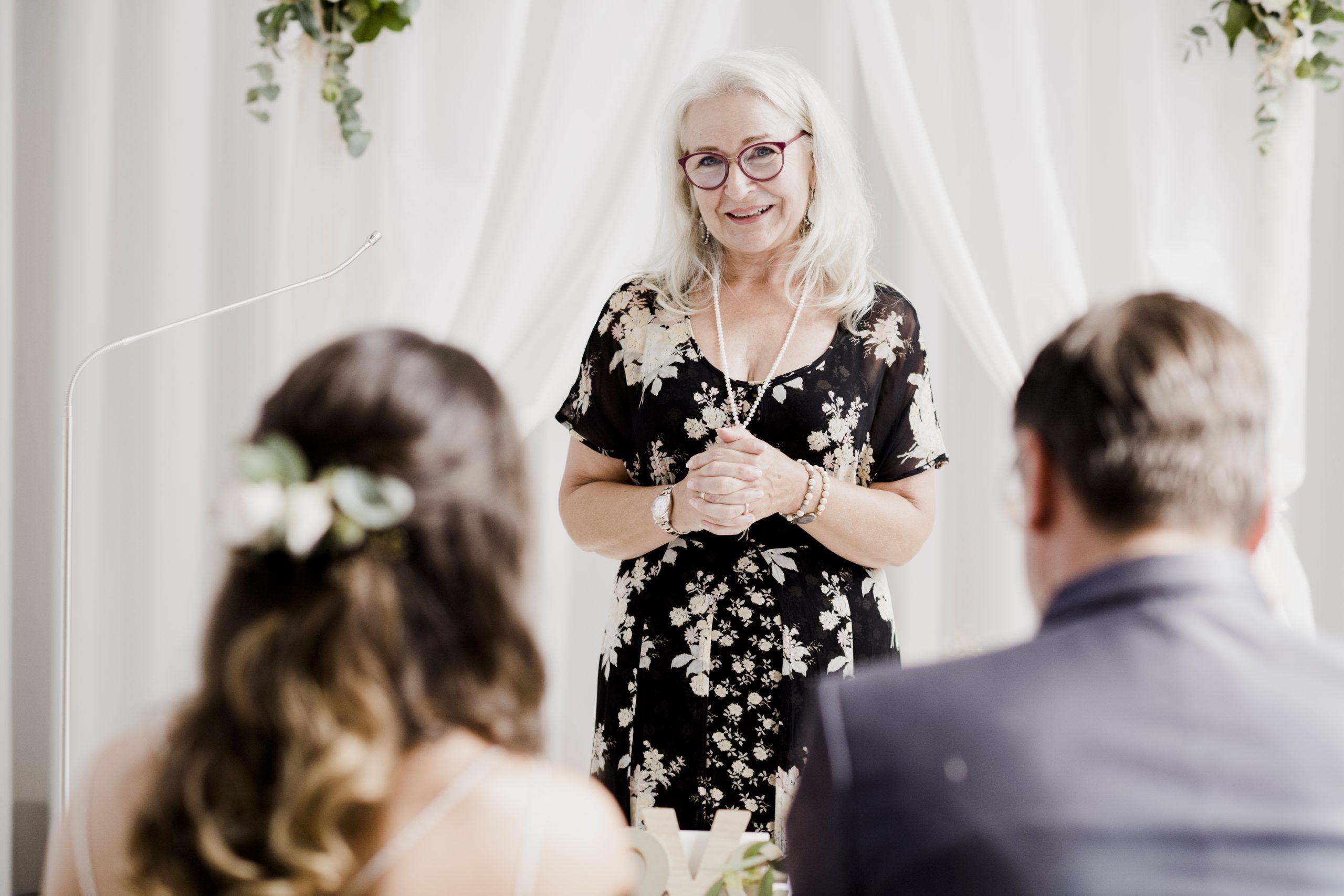 Herzensworte | Foto: MICHAELA BEGSTEIGER - Hochzeitsfotografie